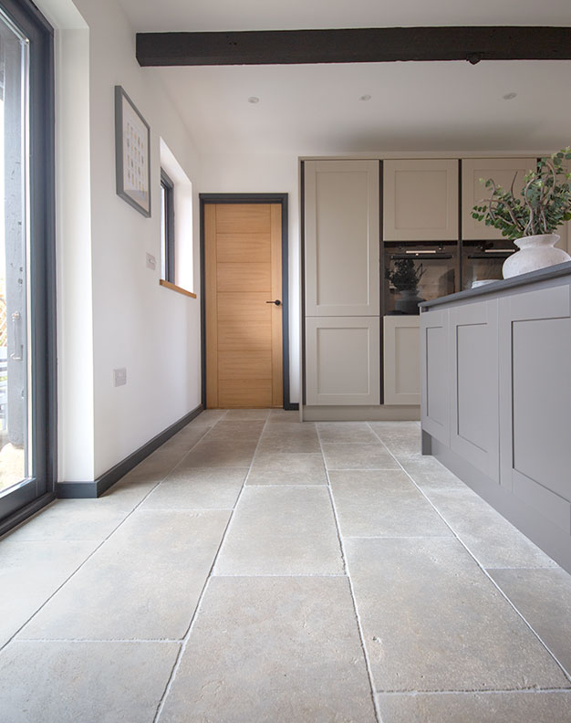 Clermont-Gris-Aged-Tumbled-Limestone-Floor-Tiles
