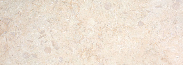 Monte-Carlo-Tumbled-Limestone-Skirting